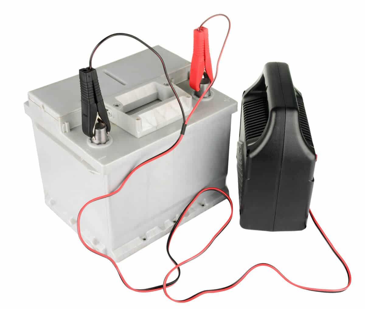 Dépannage de batterie avec cable