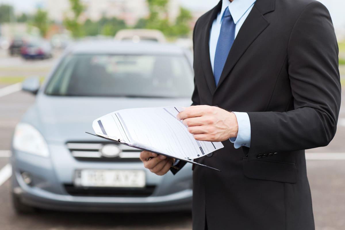Guide pour la location d'une voiture et les formules d'assurances